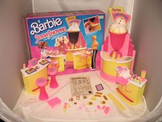 Barbie Soda Shoppe - This was a big gift. I liked it because it reminded me of Kids Incorporated. Barbie Sets, Barbie House, Barbie Dolls, Barbie Stuff, Barbie Dream, 90s Childhood, Childhood Memories, Vintage Barbie, Vintage Toys