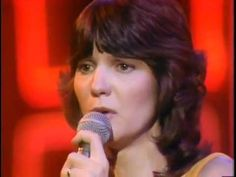 """Mary MacGregor   """" Torn Between Two Lovers """" ( Live )"""