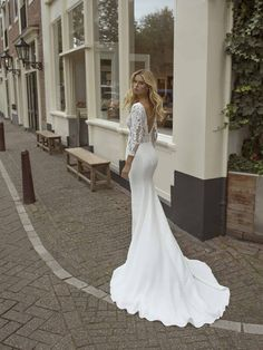 Trouwjurk Farida Modeca - Honeymoon shop Fairy Wedding Dress, Fall Wedding Dresses, Cheap Wedding Dress, Bridal Dresses, Wedding Gowns, Vintage Style Dresses, Nice Dresses, Bride Look, Mermaid Dresses