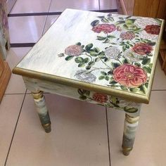 Simple and Crazy Tricks Can Change Your Life: Shabby Chic Bedroom Headboard shabby chic chairs annie sloan. Decoupage Furniture, Hand Painted Furniture, Funky Furniture, Upcycled Furniture, Paint Furniture, Furniture Projects, Furniture Makeover, Decoupage Ideas, Bedroom Furniture