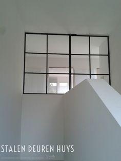 Stalen taatsdeur met vast zijlicht, Project Hasselt