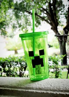 Minecraft inspired Creeper Cup double walled by JennStarDesigns