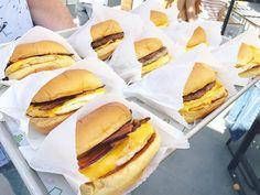 Fresh tray of sammies coming your way... #breakfast done @shakeshack style. #breakfastofchampions #bacon #shakeshack #breakfasttime #sundayfunday #wakeuphappy