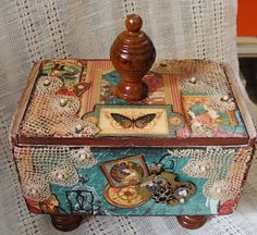 Original pinner sez: My Art Journal: Altered Boxes & Assemblages