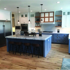 Super Farmhouse Kitchen Island With Seating Lake Houses 39 Ideas Kitchen On A Budget, Home Decor Kitchen, Home Kitchens, Small Kitchens, Farmhouse Kitchen Island, Kitchen Island With Seating, Kitchen Islands, Blue Kitchen Island, Kitchen Island Lighting Modern