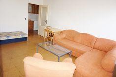 Pronájem bytu Brno-Medlánky, kompletně zařízený samostatný byt 2+kk v rodinném domě ul. Palírenská.
