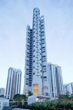 Ardmore Residence tower in Singapore by UNStudio #architecture #barreldesign