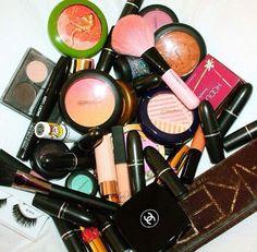 pinterest: @jaidyngrace Makeup heaven