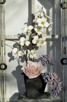 Sculpted Sugar Flower Arrangement | Sugar dogwood, lilac, rose