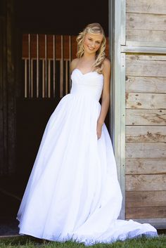 Simple modern bridal gown (with pockets!) from Rianne's Bridal