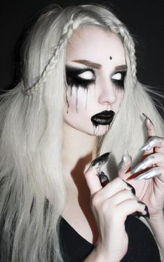 Scary Halloween costume girls women Halloween contact lenses