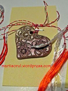 Martisoare lucrate manual: Martisor sidefat inimioara auriu/caramiziu, 2015 Washer Necklace, Handmade, Jewelry, Hand Made, Jewlery, Jewerly, Schmuck, Jewels, Jewelery