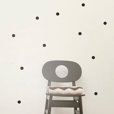 cute polka dot wall stickers: part of a roundup of wall covering ideas for renters! lots of good ideas