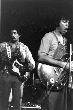 """Jimi Hendrix and Elvin Bishop (before: """"Paul Butterfield Blues Band""""). Music Icon, My Music, Music Stuff, Jimi Hendrix Experience, Psychedelic Music, Learn To Play Guitar, Blue Band, Blues Music, Cultural"""