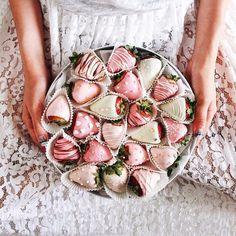 Картинка с тегом «strawberry, food, and pink»