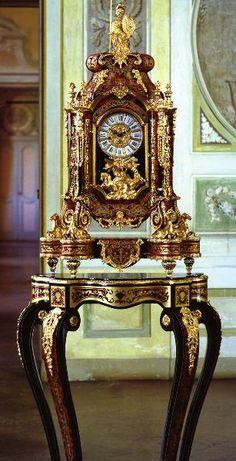 Le Ore Clocks and Music