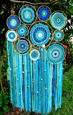 Diy dream catcher mobile design 69 Ideas for 2020 Dream Catcher Mobile, Dream Catcher Craft, Dream Catcher Boho, Diy And Crafts, Arts And Crafts, Mode Crochet, Diy Tumblr, Beaded Curtains, Bohemian Decor
