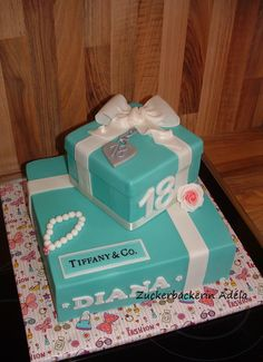 Tiffany & Co. cake