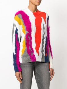 You'll find a great selection of women's designer knitted jumpers at Farfetch. Search from over 2000 designers for the latest designer knitted sweaters Knitwear Fashion, Knit Fashion, Knitting Designs, Knitting Patterns, Cool Sweaters, Sweaters For Women, Cardigan Pattern, Knit Jacket, Pullover