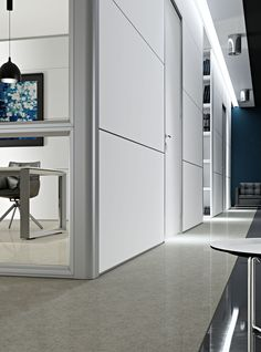 Wall System partition with melaminic panels and double glasses without floor skirt  //  ---  //  Parete Wall System 3 con pannelli in melaminico e doppio vetro senza zoccolo inferiore