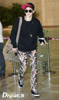 [PRESS][02/04] 2PM Nichkhun @ Gimpo Airport departure to Japan ©Dispatch http://dispatch.co.kr http://image.dispatch.co.kr/dispatch_image/2014/4/2/2014421029159kmiju_T5_74088.jpg