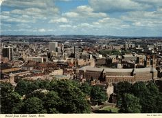Carte postale de Bristol : Vue de la Cabot Tower. Street Art, Parcs, Concert, Paris Skyline, Travel, Bristol England, English Countryside, Linda Park, History