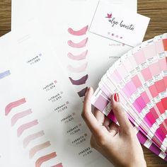 Trabajando en nuestra nueva paleta de colores... ¡Muy pronto un soplo de aire fresco llegará a nuestras tiendas físicas! #algobonito #tiendas #color #colour #brand