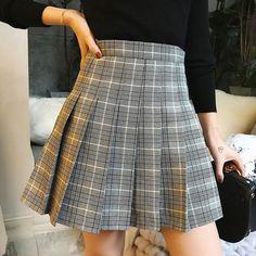 Handmade Women PLAID SKIRT/ Pleated Plaid Skirt/ Women Girl Plaid Skirt/ Petite Size Plaid Skirts/ School Style Skirt/ Gray Plaid Skirt * High waist / full circle skirt * Skirt length: / * One layer / NEVER transparent in any ligh. High Waisted Plaid Skirt, Plaid Pleated Mini Skirt, Pleated Skirt Outfit, Plaid Skirts, Grey School Skirts, School Skirt Outfits, Casual Skirt Outfits, Tartan Skirt Outfit, Yellow Plaid Skirt