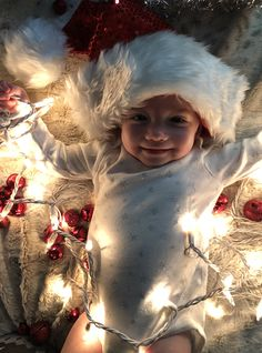 Santa baby all lighted First Christmas Photos, Babies First Christmas, Christmas Baby, Christmas Pictures, Xmas, Newborn Baby Photos, Newborn Pictures, Foto Baby, Christmas Photography