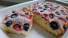 Ekspresowe ciasto na maślance z owocami bez miksowania Waffles, Cheesecake, Food And Drink, Make It Yourself, Cookies, Breakfast, Fruit Cakes, Kitchen, Youtube