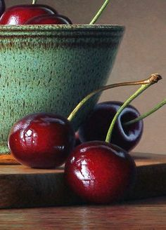 Cherries-in-a-bowl_close-up3.jpg (500×697)