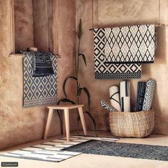 12 Inspiring Ways To Creatively Display Your Textile Collection – Lamour Artisans Modern Decor, Rustic Decor, Casa Magnolia, African Interior Design, African Home Decor, H&m Home, Natural Home Decor, Home And Deco, Decorating Small Spaces