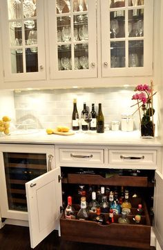 25 Creative Built-In Bars and Bar Carts More