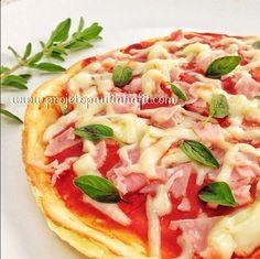 pizza com goma de tapioca: 2 ovos, 2 col de goma de tapioca hidratada, 1 col de…