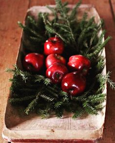 Want to know more about DIY Christmas Decorations Christmas Feeling, Natural Christmas, Primitive Christmas, Scandinavian Christmas, Country Christmas, Simple Christmas, Winter Christmas, Handmade Christmas, Xmas