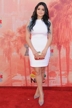 How STUNNING does Ariel Winter look?!