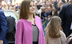 Must have: de stijlvolle outfit van koningin Letizia. On Wednesday we wear pink...