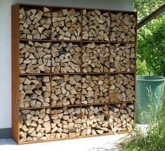 outdoor firewood rack - Check out these super easy DIY outdoor firewood racks. You can store your wood clean and dry and it allows you to buy wood in bulk, saving you money. Outdoor Firewood Rack, Outdoor Storage, Firewood Holder, Indoor Firewood Storage, Corten Steel Garden, Corten Steel Planters, Wood Store, Steel Racks, Wood Shed
