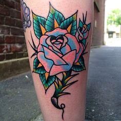 me / … - rose tattoos Finger Tattoos, Body Art Tattoos, Cool Tattoos, Tattoo Drawings, Hand Tattoos, Traditional Rose Tattoos, Traditional Roses, Flower Sleeve, Flower Tattoo Shoulder