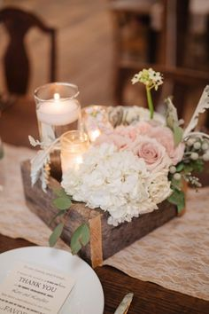 Rustic Hydrangea Rose Centerpiece | Shauna Veasey Photography