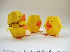Kuikentjes gemaakt van eierdozen door Paper, plate and plane #tutorial