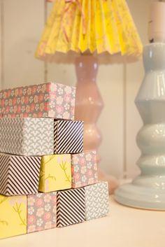 Rie Elise Larsen tuotteita saatavilla Valjashuoneelta. Decor, Table, Lamp, Lamp Shade, Lighting, Home Decor