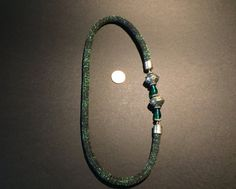 Collana fatta a mano con climbing cord di colore di TRIVIBIJOUX