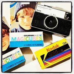 ¡Ven a ver nuestros Cubitos de Flash para cámaras Kodak Instamatic!  ¡¡Toda una joya vintage!!  Corre que hay unidades limitadas.