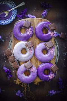 Baked Lavender Doughnuts - Sugar et al on We Heart It Fancy Donuts, Donut Images, Donut Signs, Minis, Purple Food, Purple Stuff, Purple Things, Lavender Recipes, Baked Doughnuts