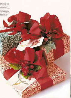Just Pretty | A Passion for Gift Wrapping | from  Southern Hospitality