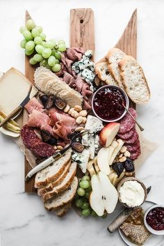 cheese board charcuterie for your grazing table. Check out our Savory Recipes board for our favorite food photography, dinner ideas & healthy vegetarian dishes. table 20 Charcuterie Boards That Are Party Goals - An Unblurred Lady Food Platters, Cheese Platters, Cheese Table, Meat Platter, Serving Platters, Charcuterie And Cheese Board, Cheese Boards, Charcuterie Spread, Picnic Dinner