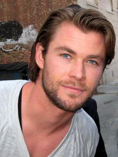 Chris Hemsworth :D