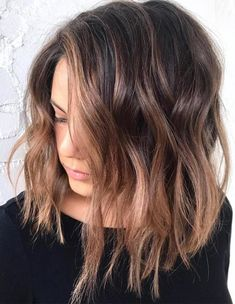 Are you going to balayage hair for the first time and know nothing about this technique? We've gathered everything you need to know about balayage, check! Brunette Balayage Hair Short, Rose Gold Hair Brunette, Light Brunette, Hair Color Balayage, Rose Gold Balayage Brunettes, Balayage Lob, Rose Gold Brown Hair, Rose Gold Bayalage, Balayage Long Bob