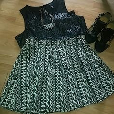 Skater skirt Black & cream Aztec print Skater skirt, worn twice Forever 21 Skirts Circle & Skater